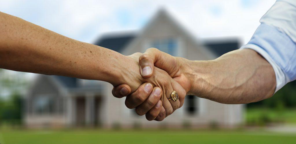 hire a Regina real estate agent